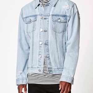 Other - Distressed light wash blue denim jacket SZ small